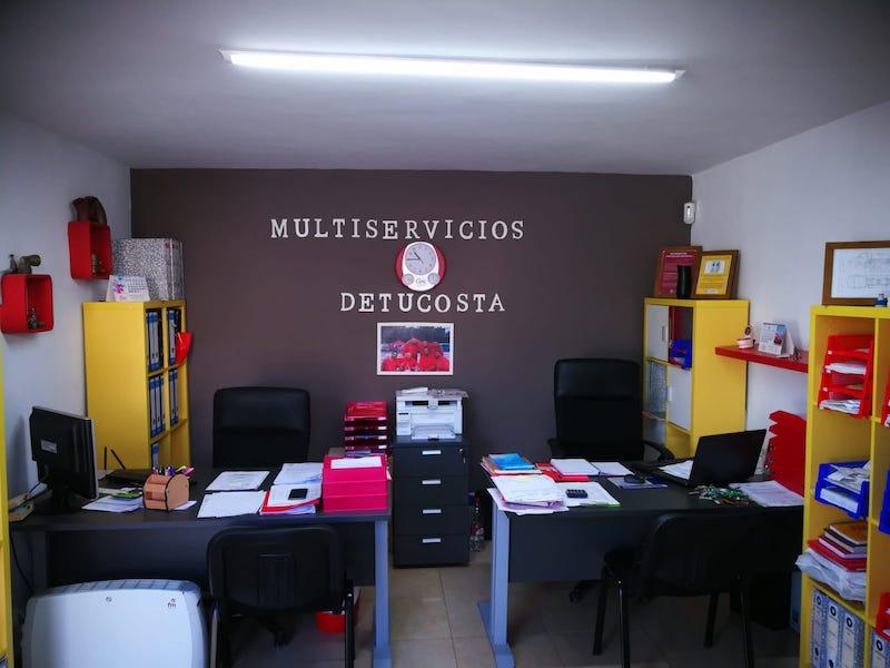 oficina de empresa de desatranques detucosta en Almuñécar
